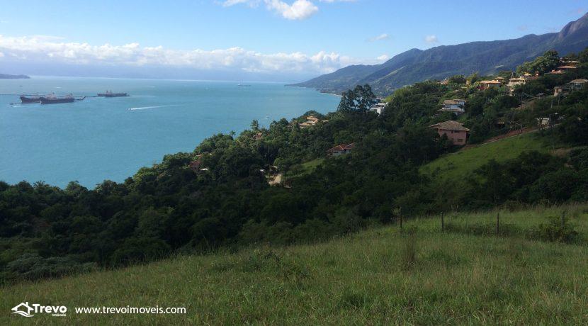 Terreno-a-venda-com-linda-vista-para-o mar-em-Ilhabela1