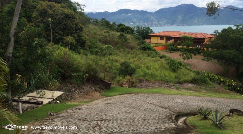Lindo-terreno-a-venda-em-condomínio-de-luxo-em-Ilhabela4