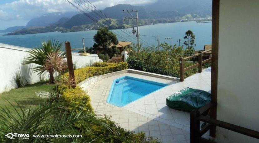 Casa-a-venda-com-vista-para-o-mar-em-Ilhabela
