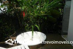 Casa-a-venda-em-Ilhabela-com-acesso-ao-mar-praia-e-costeira10