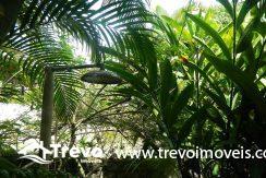Casa-a-venda-em-Ilhabela-com-acesso-ao-mar-praia-e-costeira16