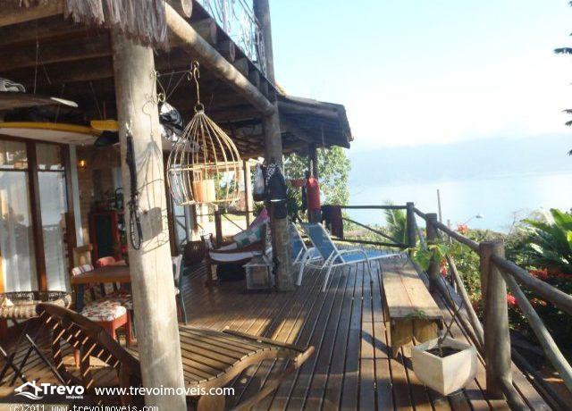 Casa-rustica-charmosa-a-venda-em-Ilhabela (2)