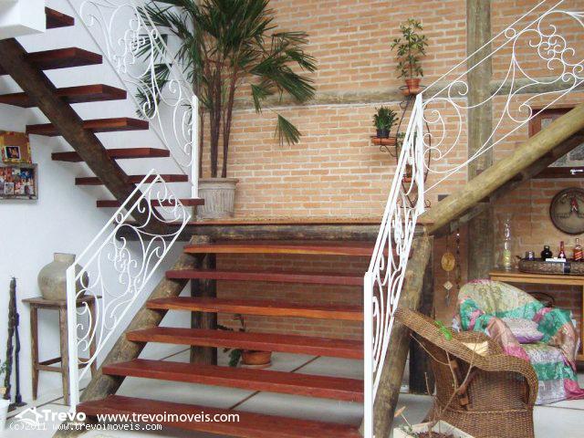 Casa rustica charmosa a venda em Ilhabela