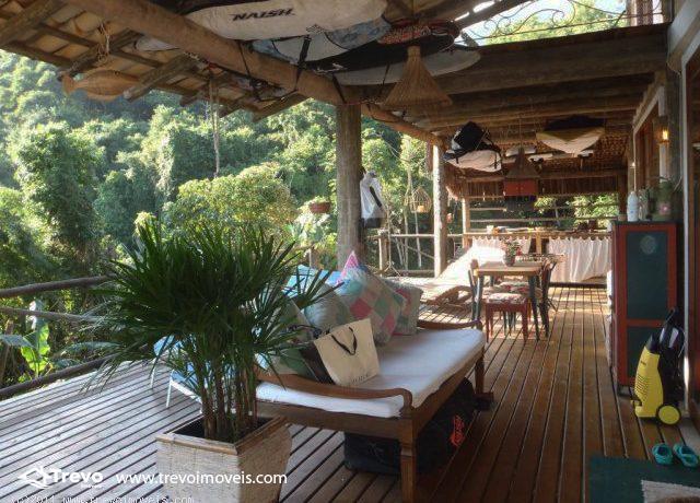 Casa-rustica-charmosa-a-venda-em-Ilhabela5