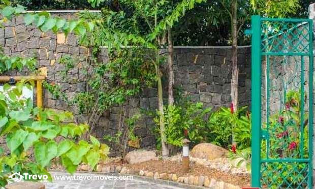 casa-charmosa-venda-em-condominio-fechado-em-ilhabela8