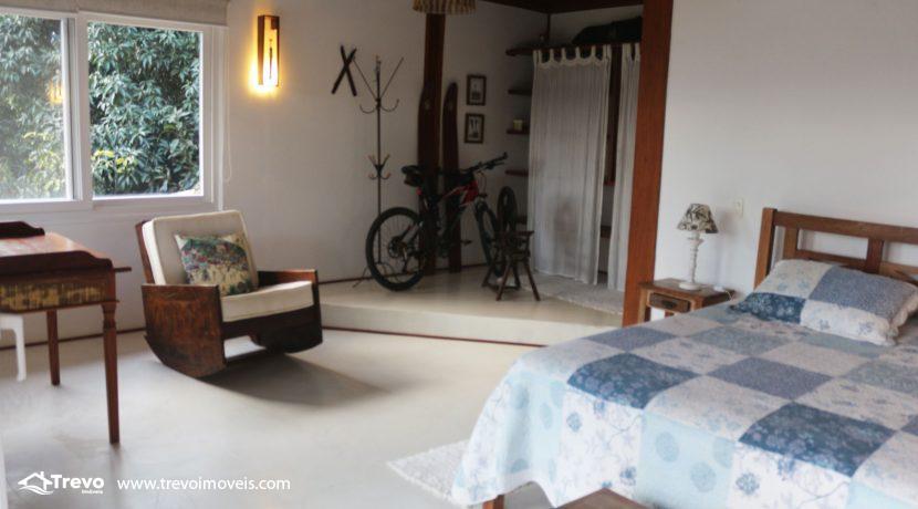 Casa-a-venda-em-Ilhabela-com-linda-vista-para-o-mar47