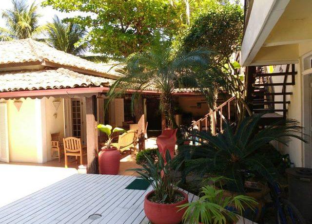 Casa-muito-charmosa-pertinho-da-praia14