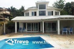 Linda-casa-a-venda-em-Ilhabela-na-costeira-e-prainha-particular14