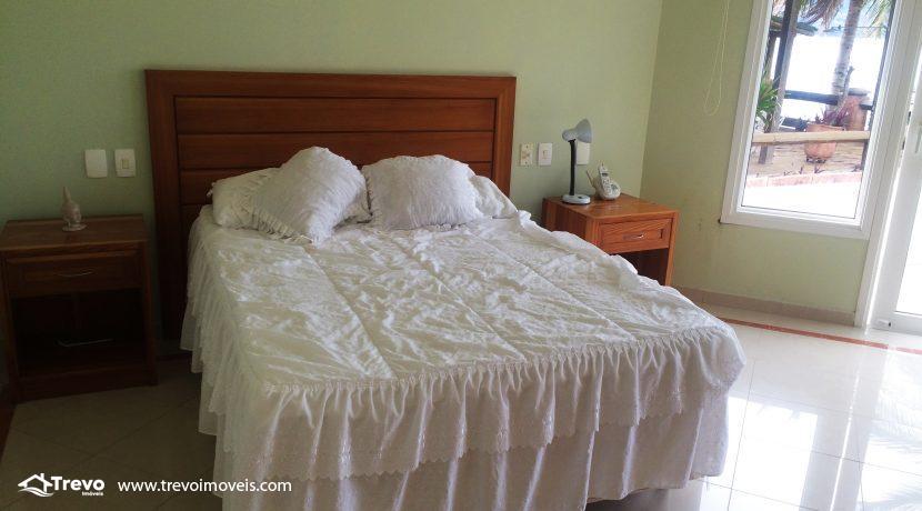 Linda-casa-a-venda-em-Ilhabela-na-costeira-e-prainha-particular18