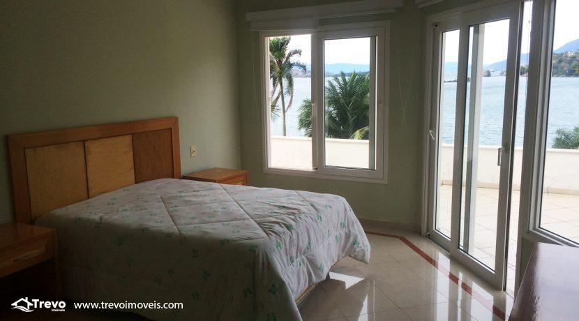 Linda-casa-a-venda-em-Ilhabela-na-costeira-e-prainha-particular19