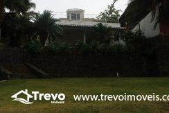 Linda-casa-a-venda-em-Ilhabela-na-costeira-e-prainha-particular40