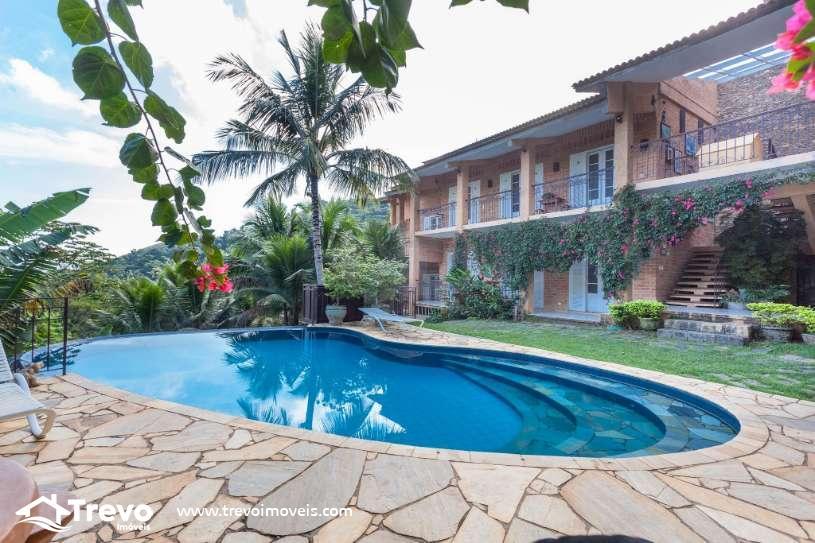 Casa super charmosa a venda em Ilhabela