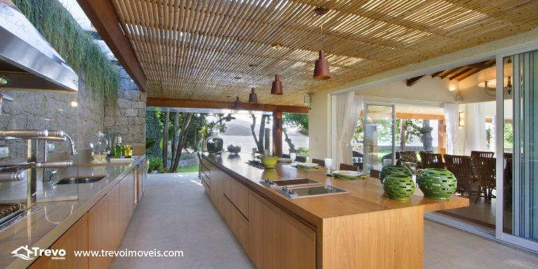 Casa-de-luxo-frente-ao-mar-em-Ilhabela