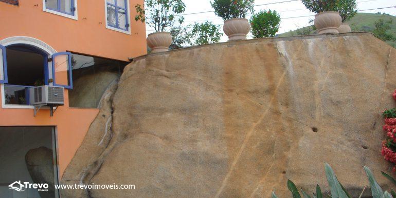 Linda-casa-em-região-nobre-de-Ilhabela21