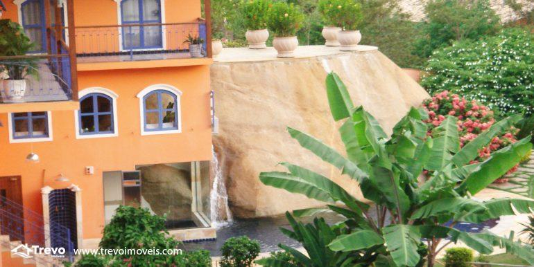 Linda-casa-em-região-nobre-de-Ilhabela29