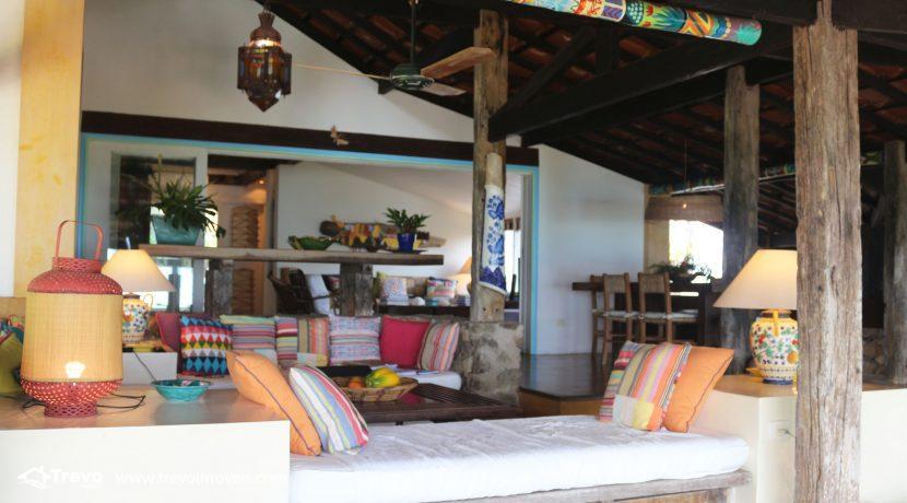 Casa-charmosa-pé-na-areia-em-Ilhabela26