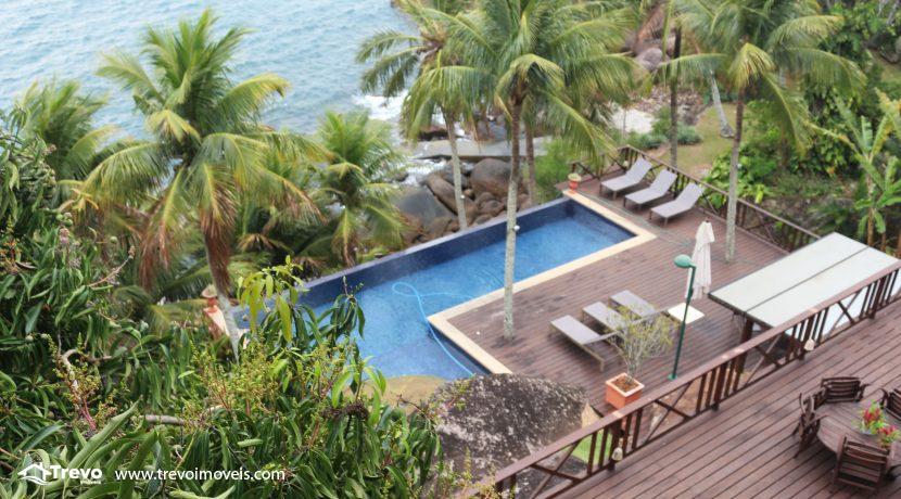 Casa-de-luxo-na-costeira-em-Ilhabela25