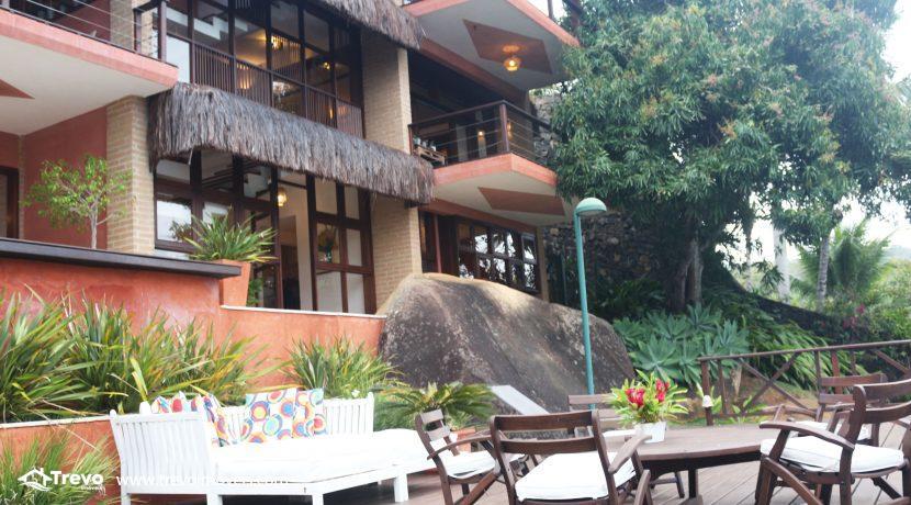 Casa-de-luxo-na-costeira-em-Ilhabela40