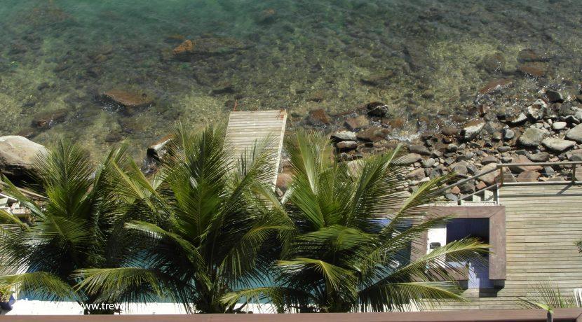 Linda-casa-de-costeira-em-Ilhabela3