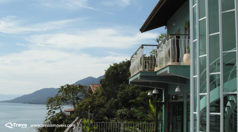 Linda-casa-de-costeira-em-Ilhabela32
