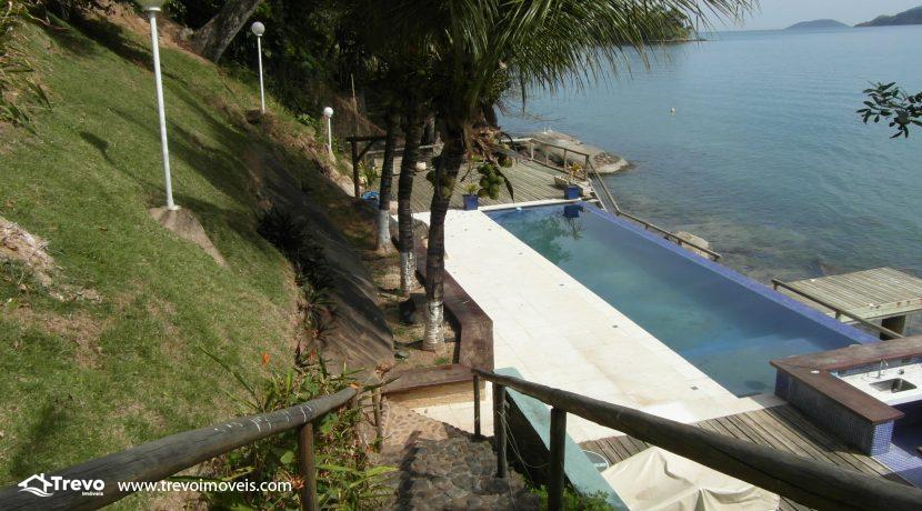 Linda-casa-de-costeira-em-Ilhabela43