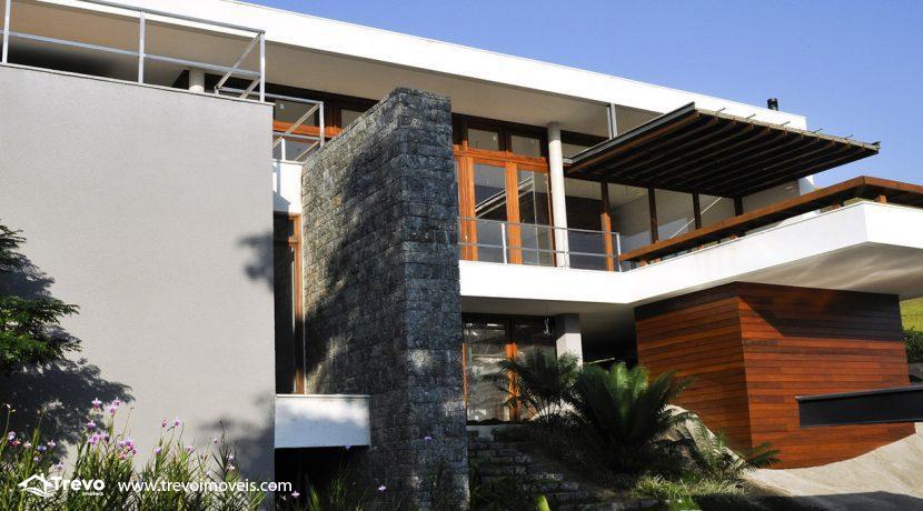 Casa-de-luxo-em-condomínio-fechado-em-Ilhabela11