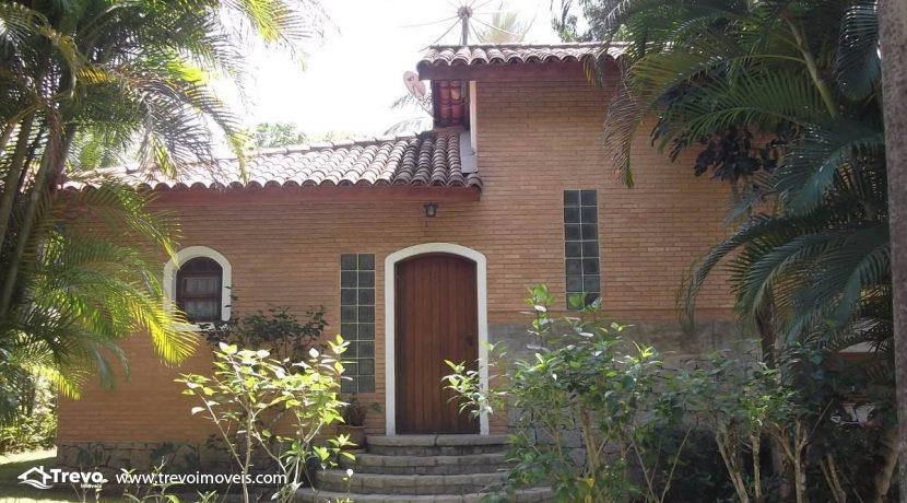 Casa-em-condomínio-pé-na-areia-em-Ilhabela1