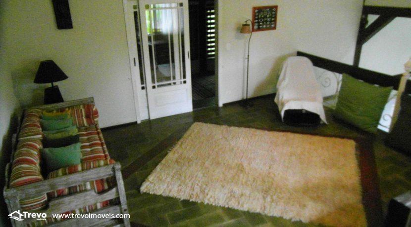 Linda-casa-a-venda-em-condomínio-fechado-em-Ilhabela11