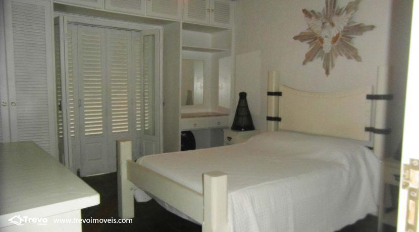 Linda-casa-a-venda-em-condomínio-fechado-em-Ilhabela13