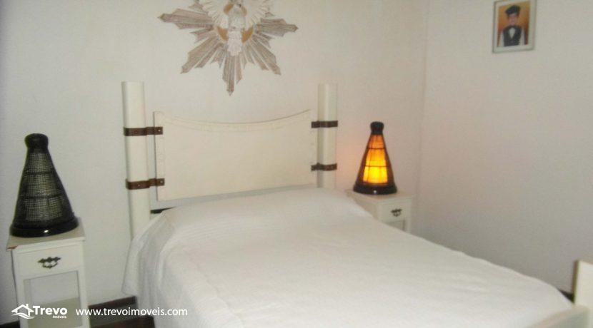 Linda-casa-a-venda-em-condomínio-fechado-em-Ilhabela14