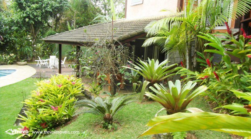Linda-casa-a-venda-em-condomínio-fechado-em-Ilhabela22