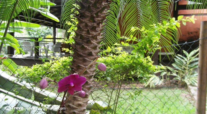 Linda-casa-a-venda-em-condomínio-fechado-em-Ilhabela30