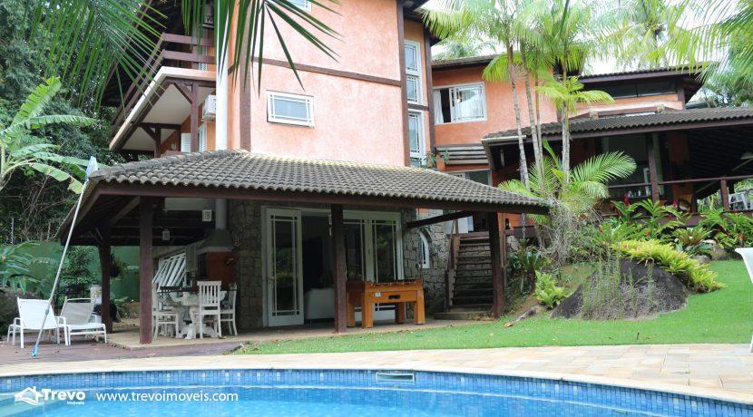 Linda-casa-a-venda-em-condomínio-fechado-em-Ilhabela51