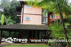 Linda-casa-a-venda-em-condomínio-fechado-em-Ilhabela52