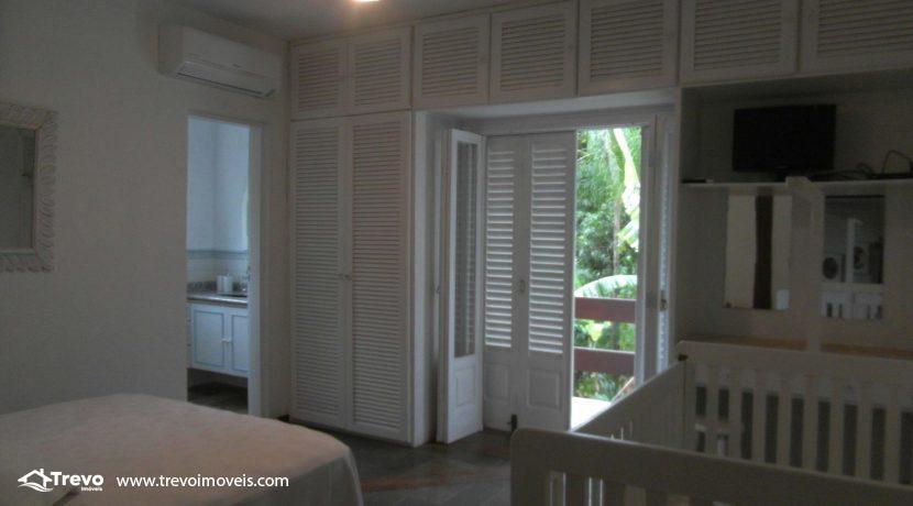Linda-casa-a-venda-em-condomínio-fechado-em-Ilhabela6