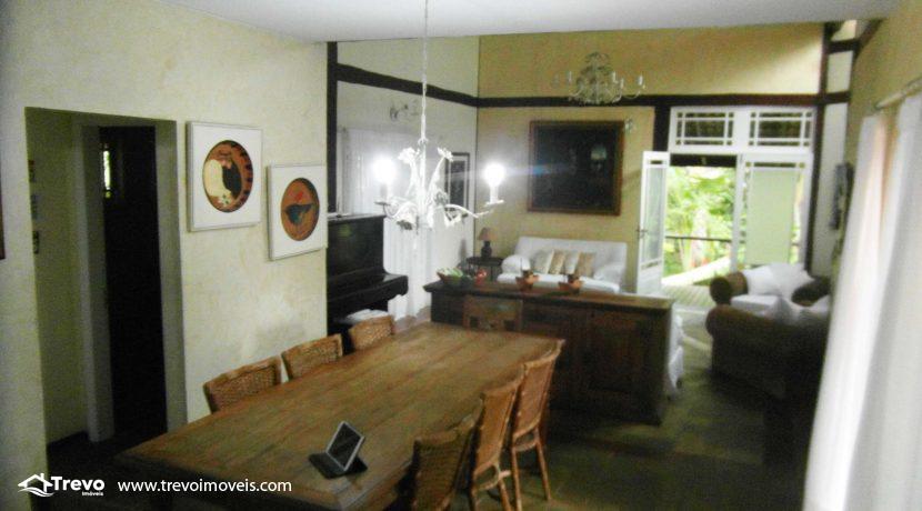 Linda-casa-a-venda-em-condomínio-fechado-em-Ilhabela8