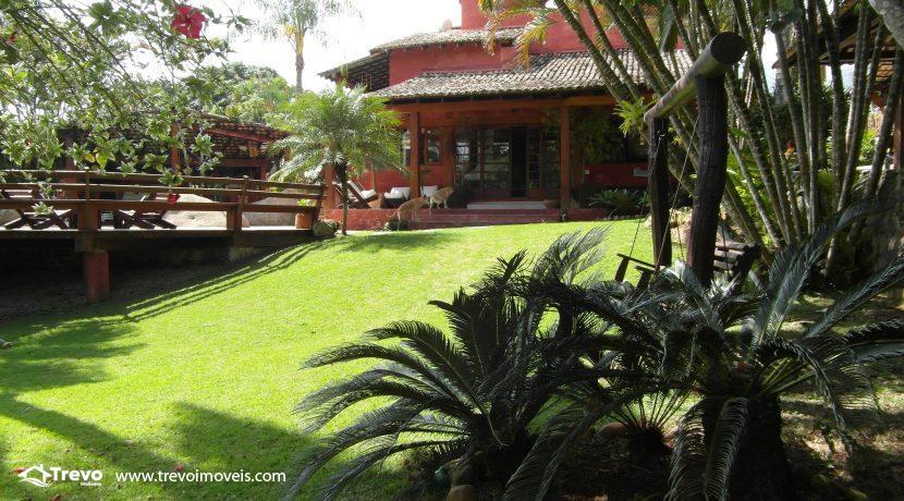 Casa-a-venda-no-centro-de-Ilhabela