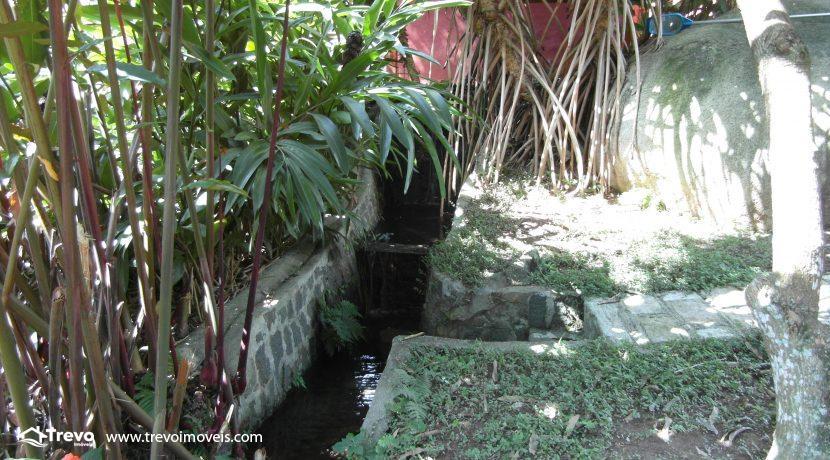 Casa-a-venda-no-centro-de-Ilhabela17