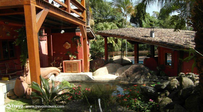 Casa-a-venda-no-centro-de-Ilhabela35