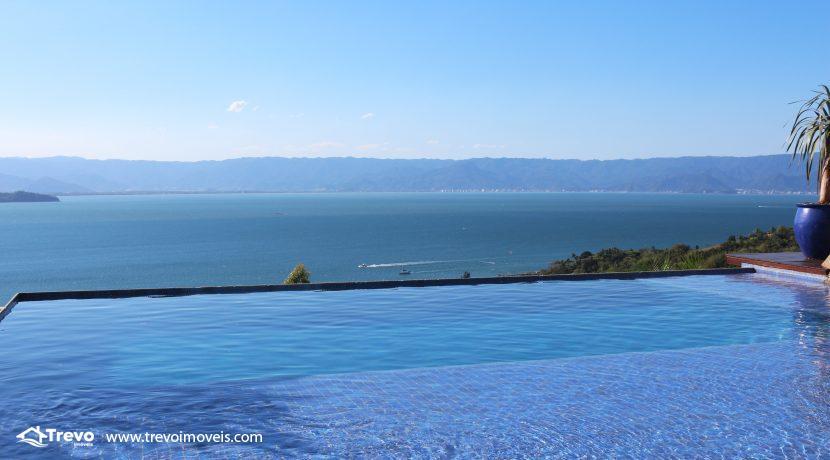 Casa-de-luxo-com-vista-para-o-mar-a-venda-em-Ilhabela16