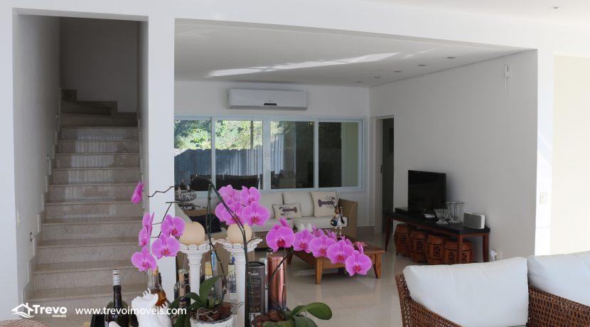 Casa-de-luxo-com-vista-para-o-mar-a-venda-em-Ilhabela18