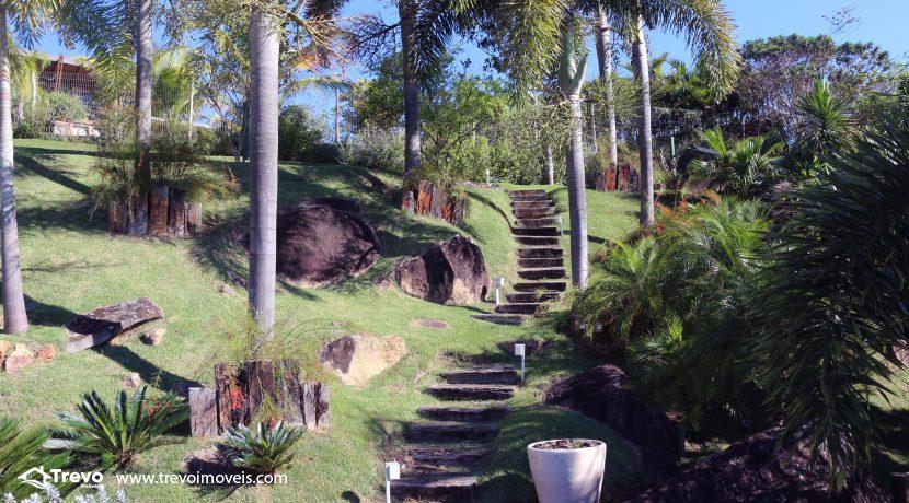 Casa-de-luxo-com-vista-para-o-mar-a-venda-em-Ilhabela2