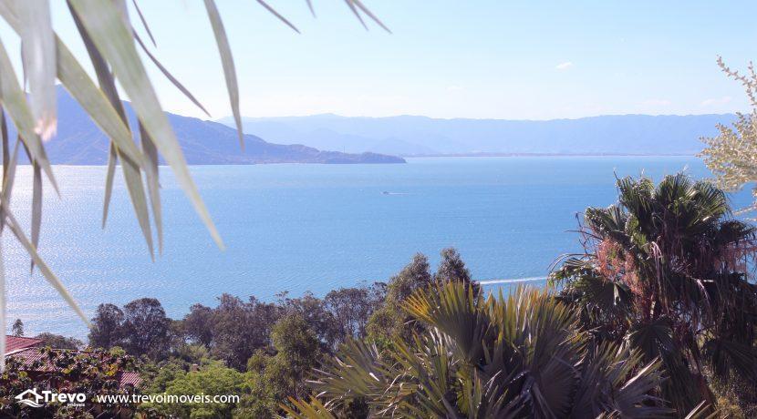 Casa-de-luxo-com-vista-para-o-mar-a-venda-em-Ilhabela5