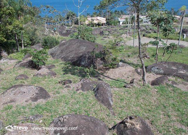 Terreno-a-venda-em-residencial-fechado-na-costeira2
