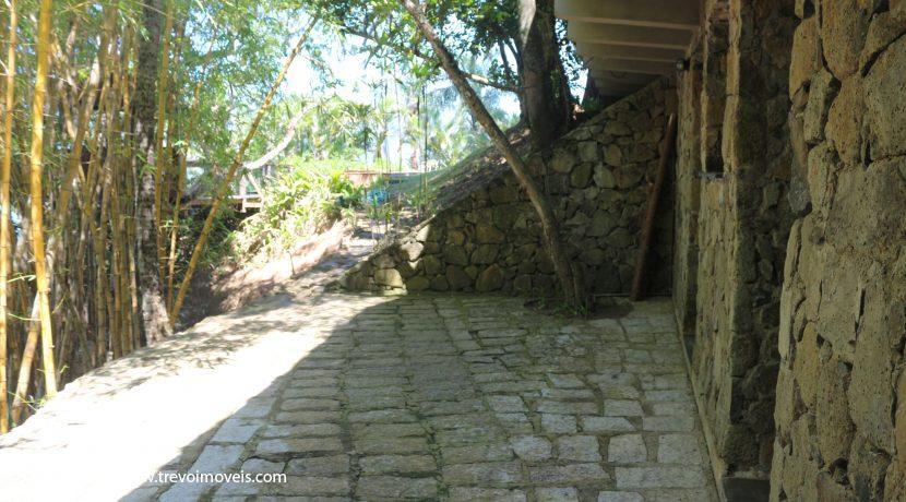 Casa-pé-na-areia-em-Ilhabela3
