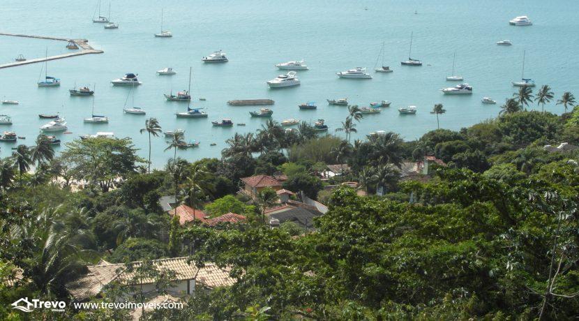 Lindo-terreno-a-venda-em-Ilhabela-perto-do-Vila10