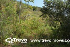Lindo-terreno-a-venda-em-Ilhabela-perto-do-Vila11