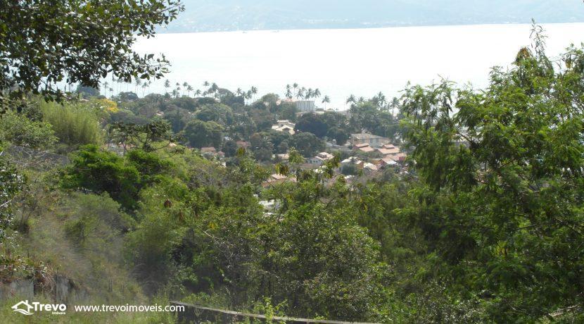Lindo-terreno-a-venda-em-Ilhabela-perto-do-Vila16