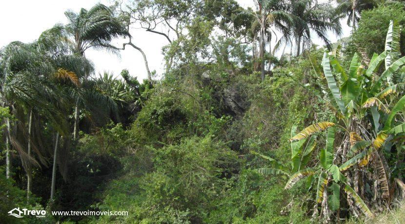 Lindo-terreno-a-venda-em-Ilhabela-perto-do-Vila17