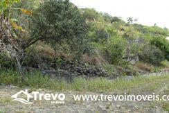 Lindo-terreno-a-venda-em-Ilhabela-perto-do-Vila18